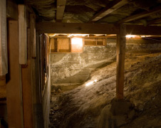 Should You Seal Off Your Crawl Space Or Keep It Open?